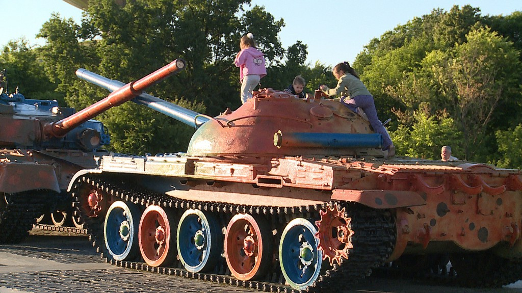 Tanks and children